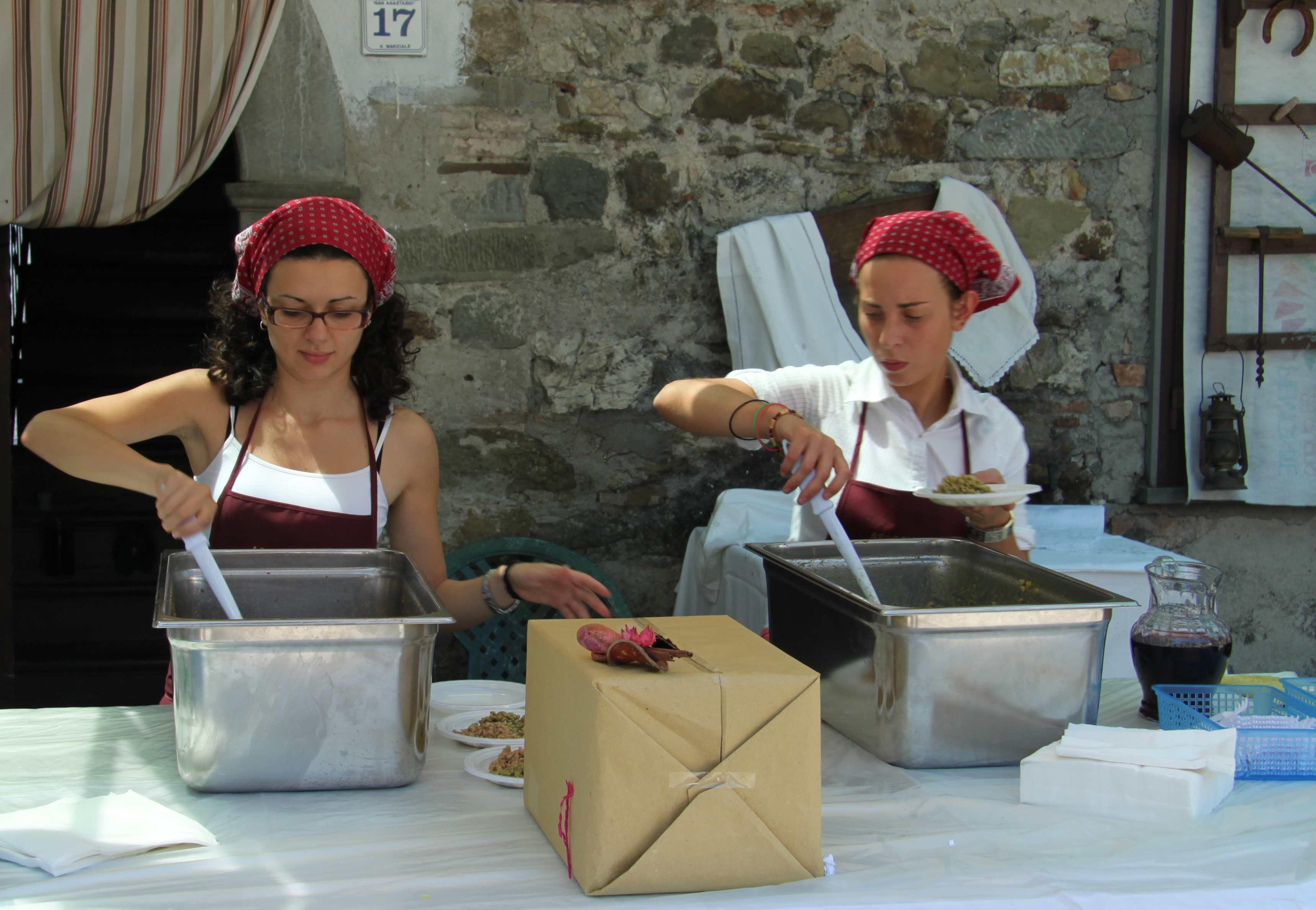 GARFAGNANA, ITALY – fun among the foodies | Richard Tulloch's LIFE ...