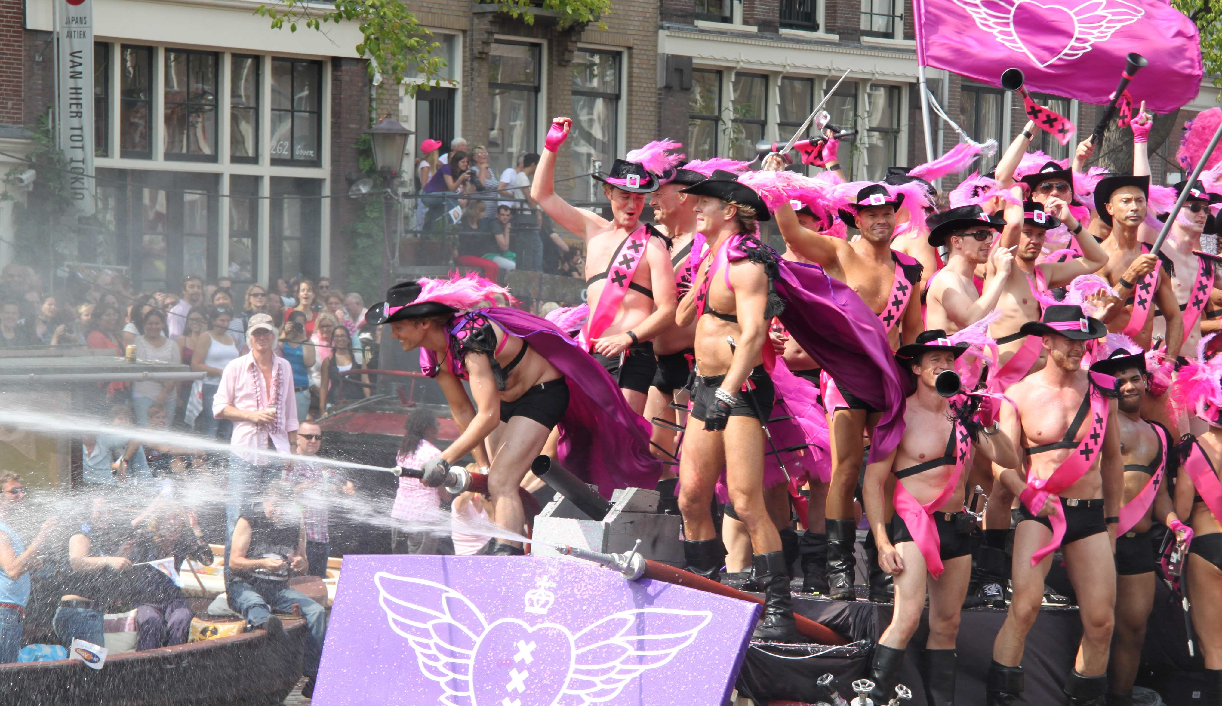 Gay lifestyle in amsterdam