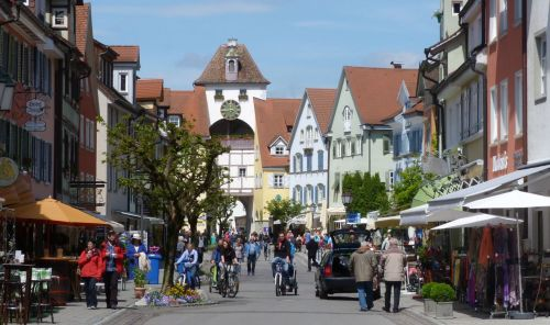Walkers and cyclists seemed to be Meersburg's main customers.
