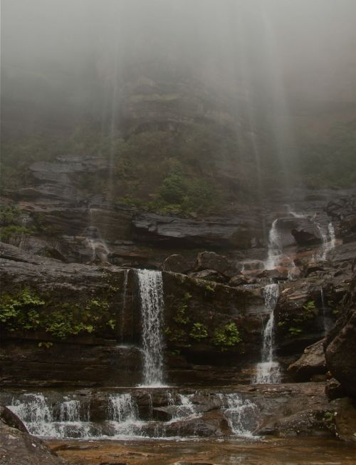 Wentworth Falls. No need for the soft water effect here. The spray and mist were doing their own blurring.