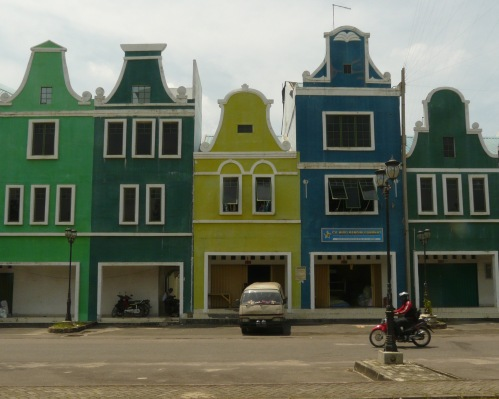 Dutch gables, but not very convincing ones.
