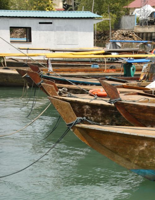 At the Sekupang wharf in Batam, these pangung boats always catch my eye.