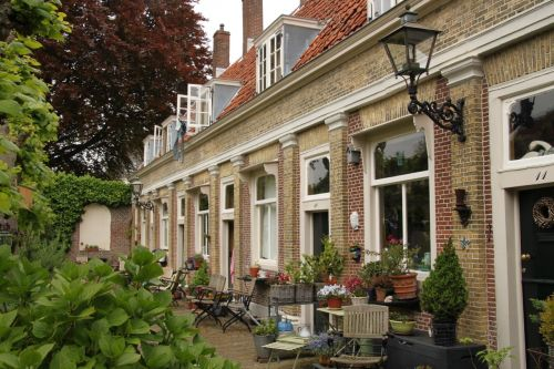 A Leiden 'hofje' - almshouse.