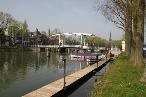 I've taken so many shots of this bridge in Weesp, mostly because there's a good cafe looking out at it.