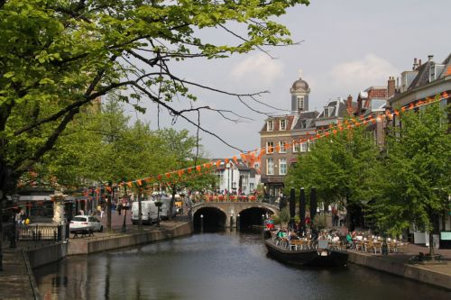 Leiden has a 'lively student buzz', meaning nice places for young people (and older ones) to have a few drinks by the water.