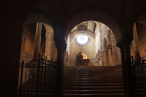 ...the simpler Basilica San Zeno...