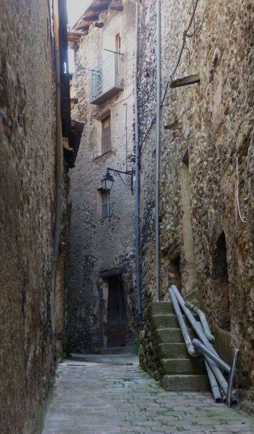 Alley, St Martin sur Vesubie.