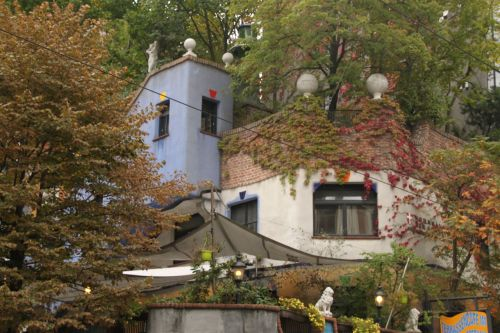 ...though Herr Hundertwasser would have enjoyed seeing the plants now extending over his creation.