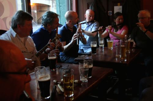 A foine trad music session in the John Hewitt. I spared them the sound of my yellow fiddle this time.