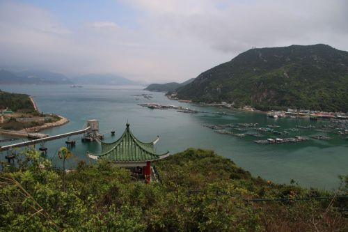 Looking down on Sok Kwu Wan fishing village, where a seafood meal awaits.