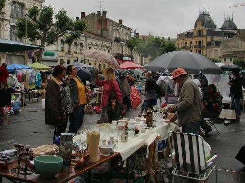 Bric-a-brac in Bergerac.