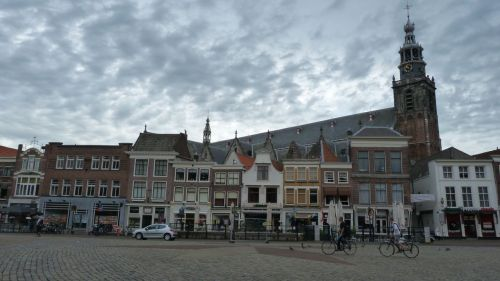 Gouda is well known as the producer of the most popular cheese in NL. It's less well known for its beautiful market square...